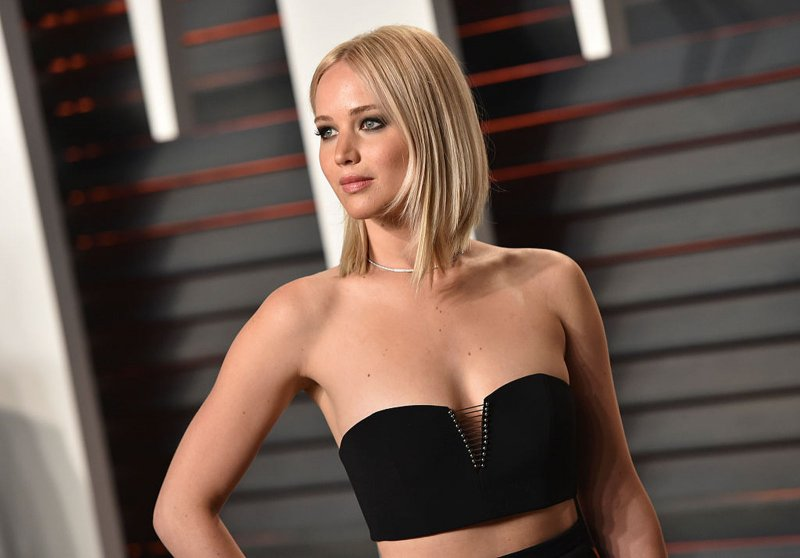 Jennifer Lawrence revela requisitos para tener relaciones íntimas.